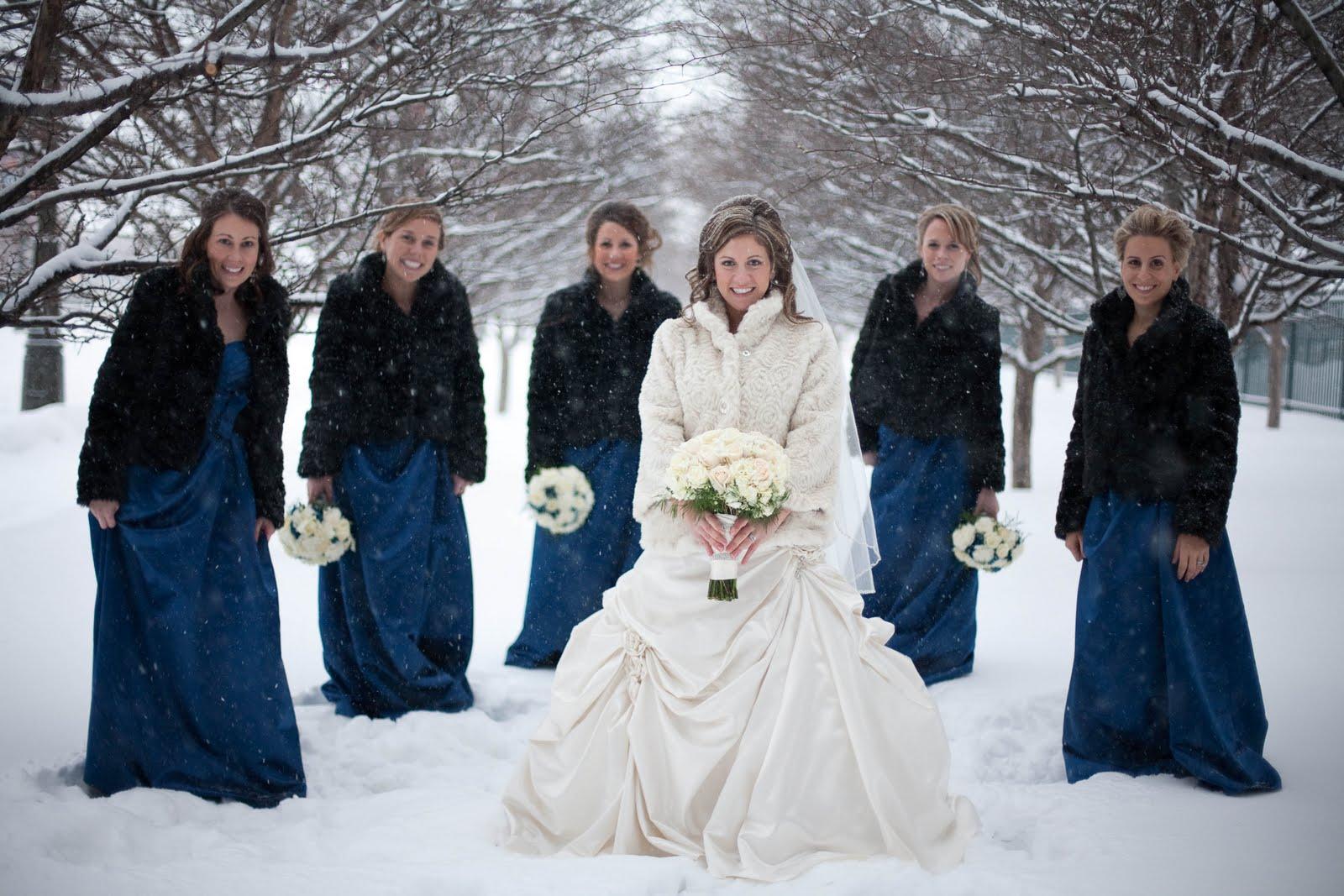 Фото подружек зимой 14 фотография